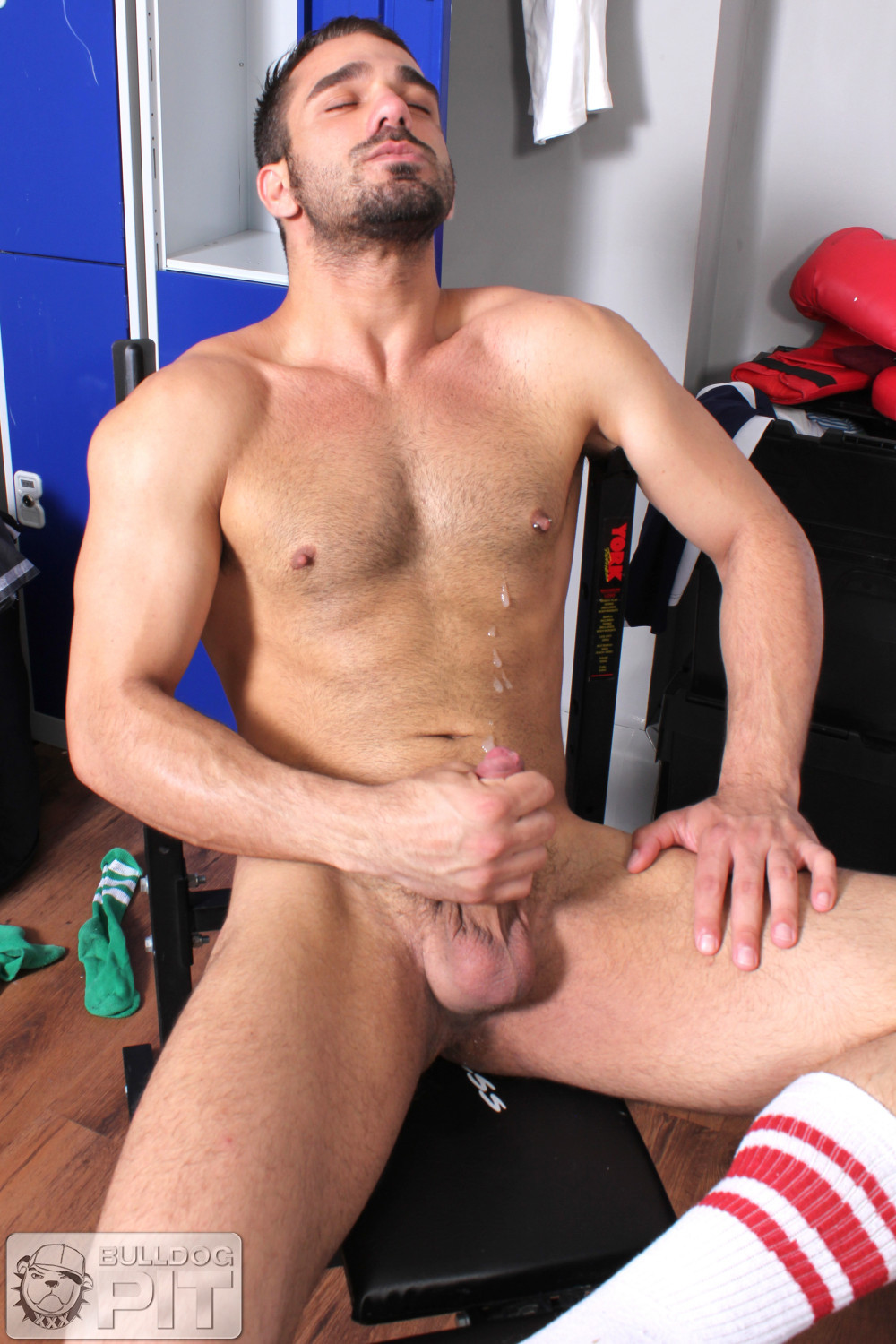 Bulldog Pit Jake Bolton Athlete Fucking Himself With A Dildo Amateur Gay Porn 10 Jake Bolton: Hung Masculine Jock Fucks Himself With Dildos