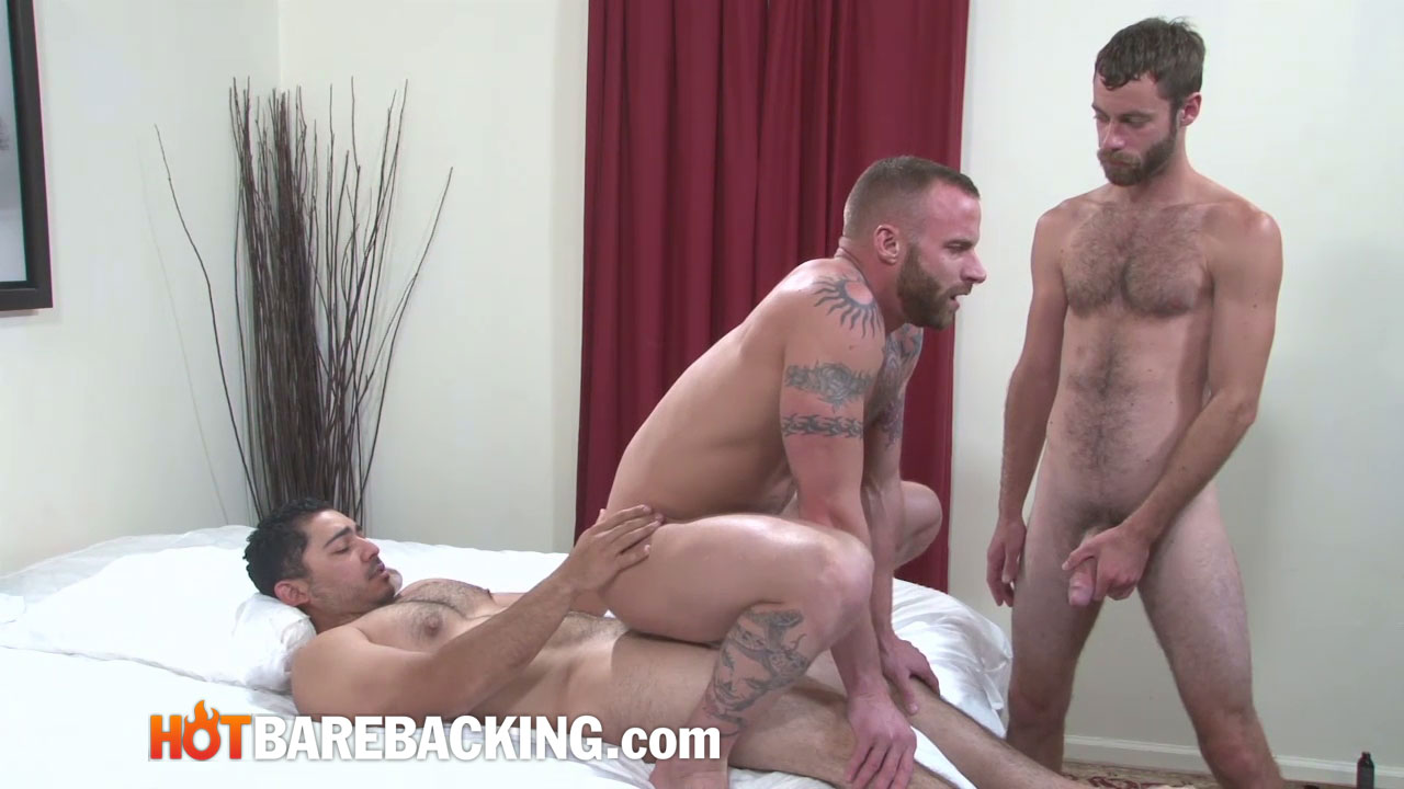 Hot-Barebacking-Marco-Mateo-and-Derek-Parker-and-Seth-SX-and-Miguel-Temon-Fourway-Bareback-Amateur-Gay-Porn-11 Four Amateur Cocks and Bareback Double Penetration Group Sex