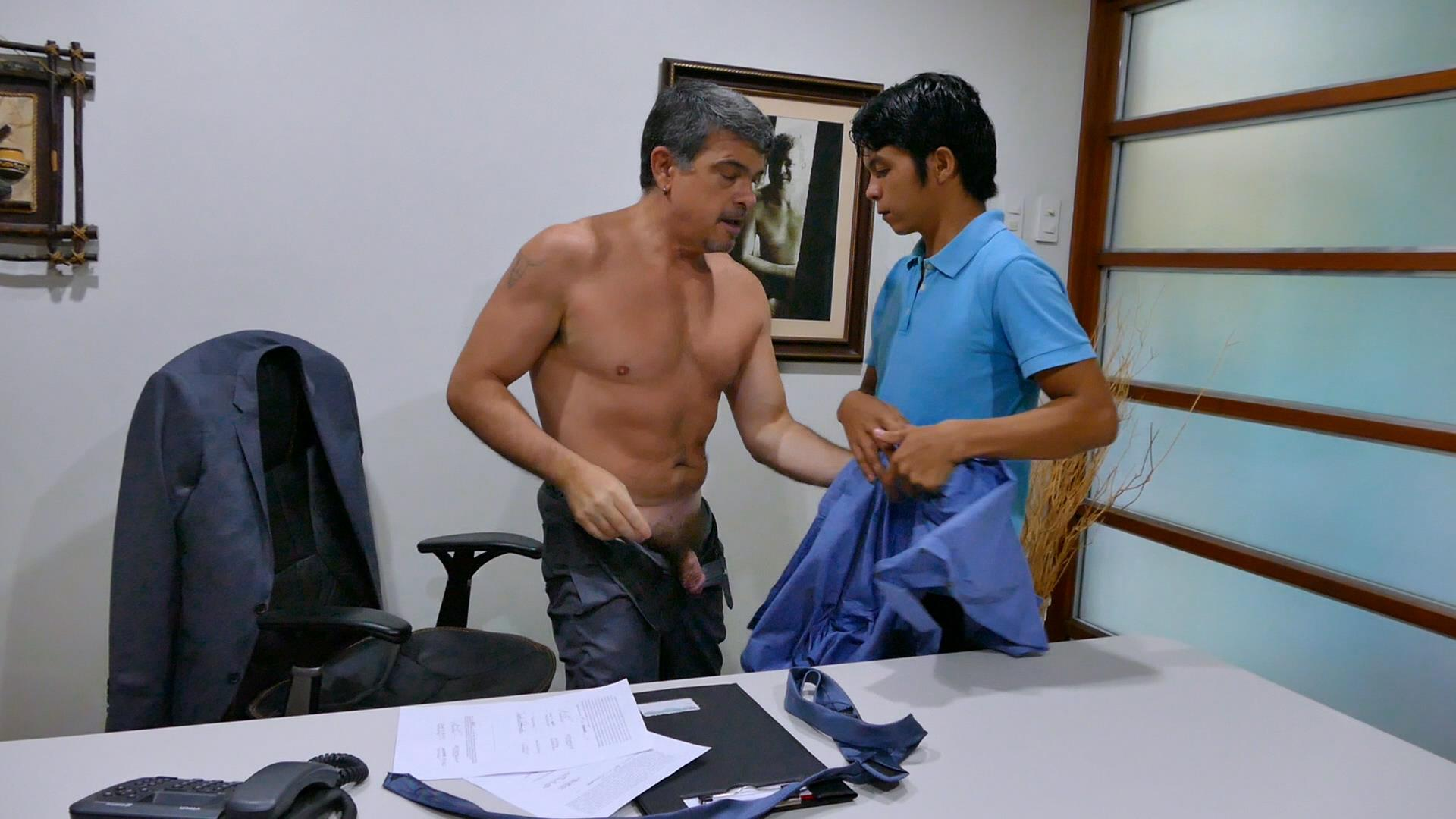 Daddys-Asians-Asian-Twink-Gets-Barebacked-By-Daddy-06 Daddy Breeds An Asian Boy Ass During A Job Interview