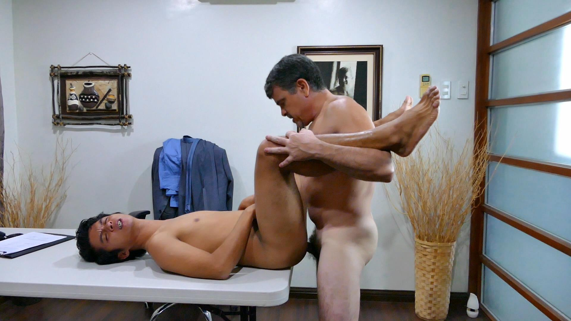 Daddys-Asians-Asian-Twink-Gets-Barebacked-By-Daddy-11 Daddy Breeds An Asian Boy Ass During A Job Interview