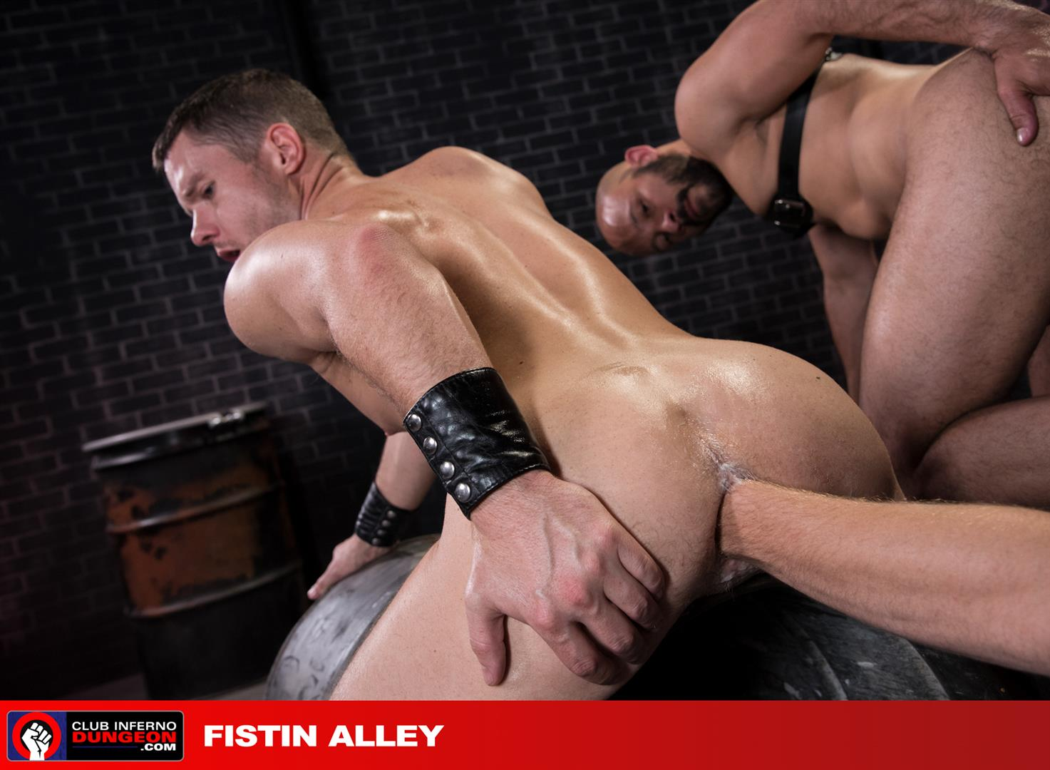 Club-Inferno-Dungeon-Sebastian-Keys-and-Dylan-Strokes-and-Ashley-Ryder-Fisting-10 Sebastian Keys and Ashley Ryder Get Their Asses Fisted